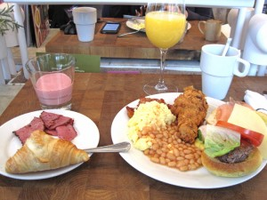 Brunch American Table